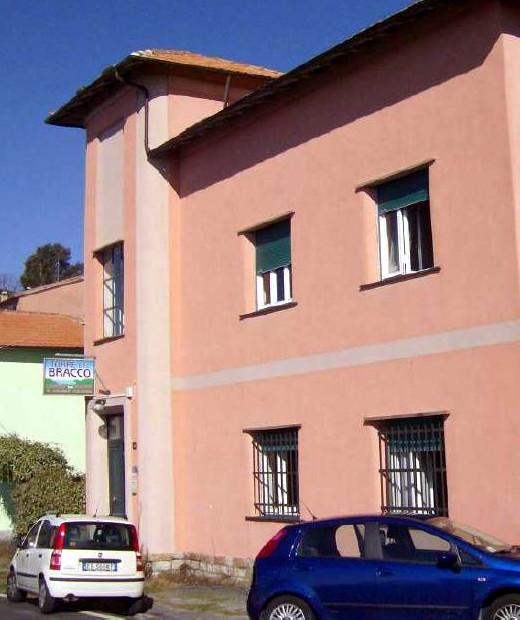 Former Cantonal House in Bracco