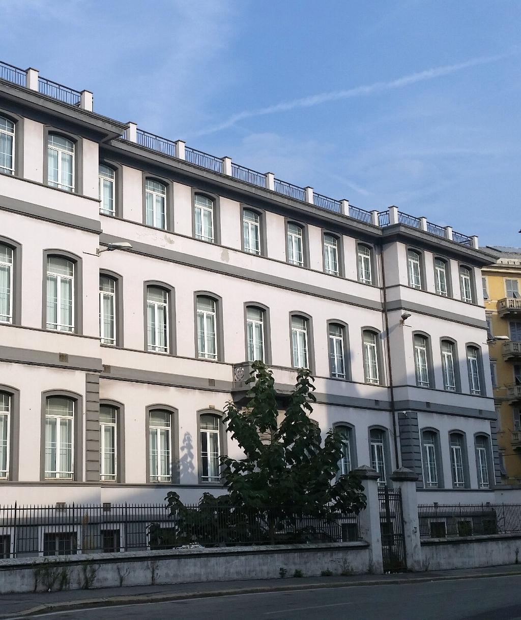 Former Municipal School